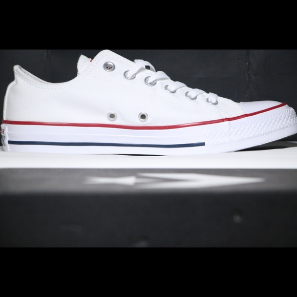 908ca1a94490 Converse Classic White All Star Low Top